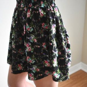 Forever 21 | High Wasted Floral Flair Skirt